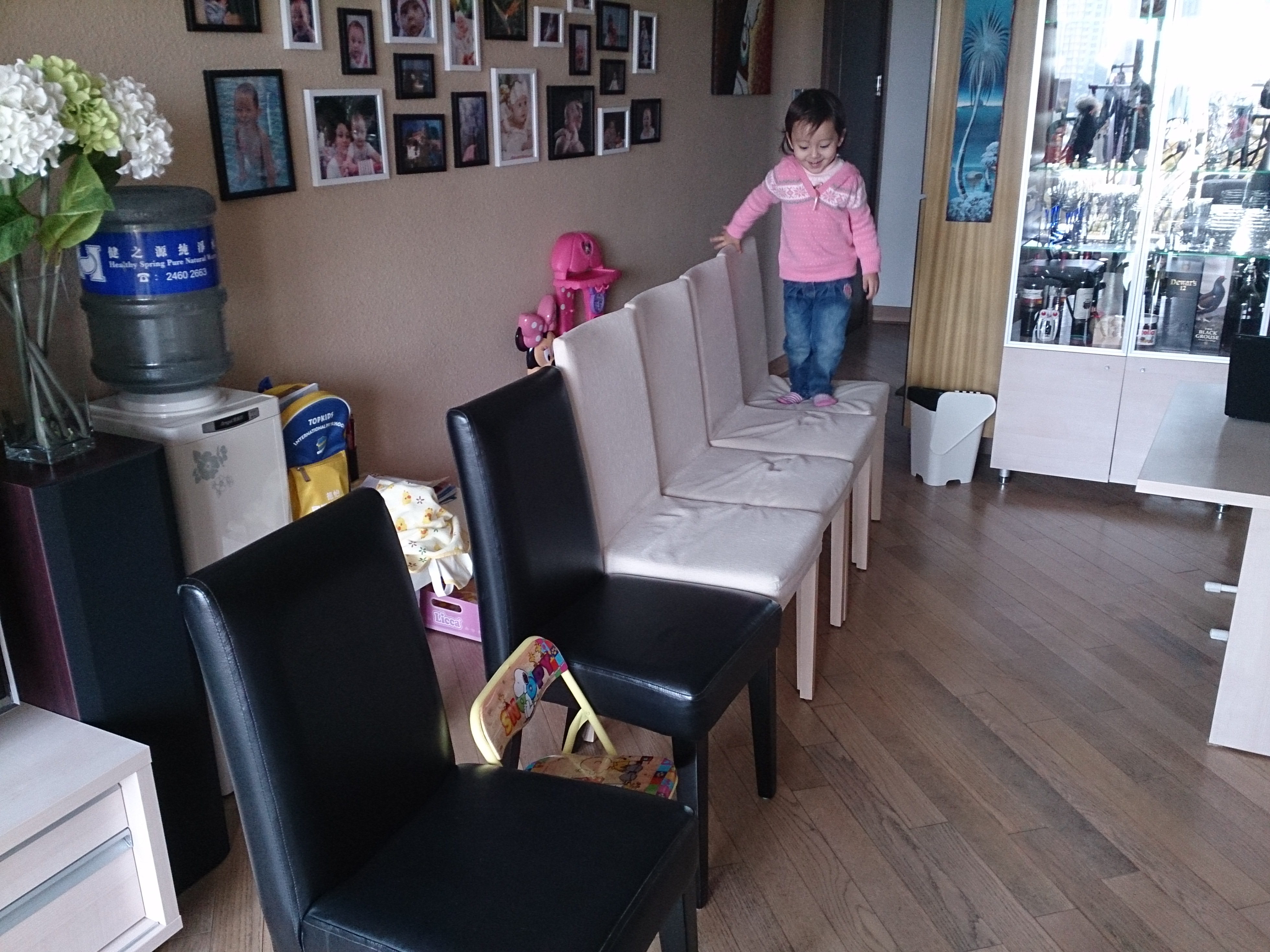 Kylie jumping chairs